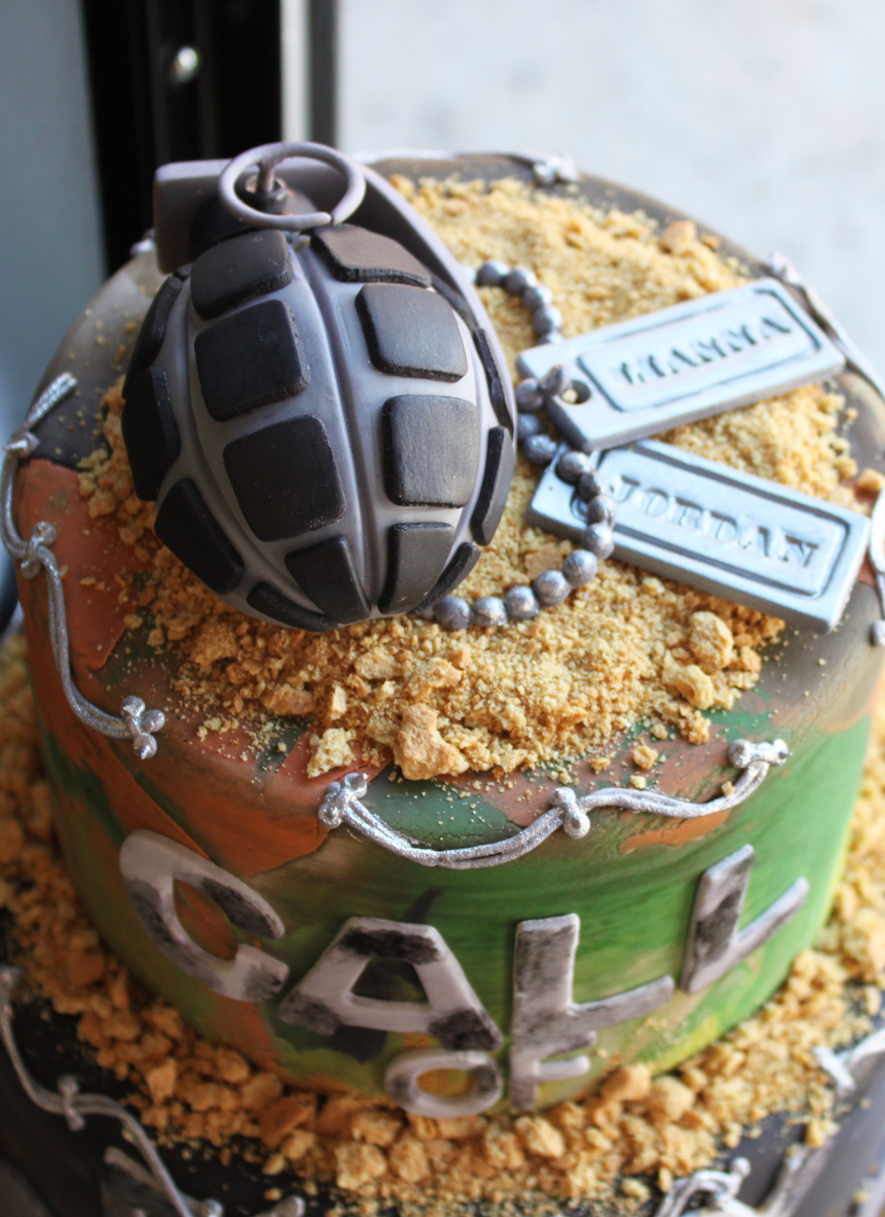 call-of-duty-grooms-cake-2-whipped-bakeshop