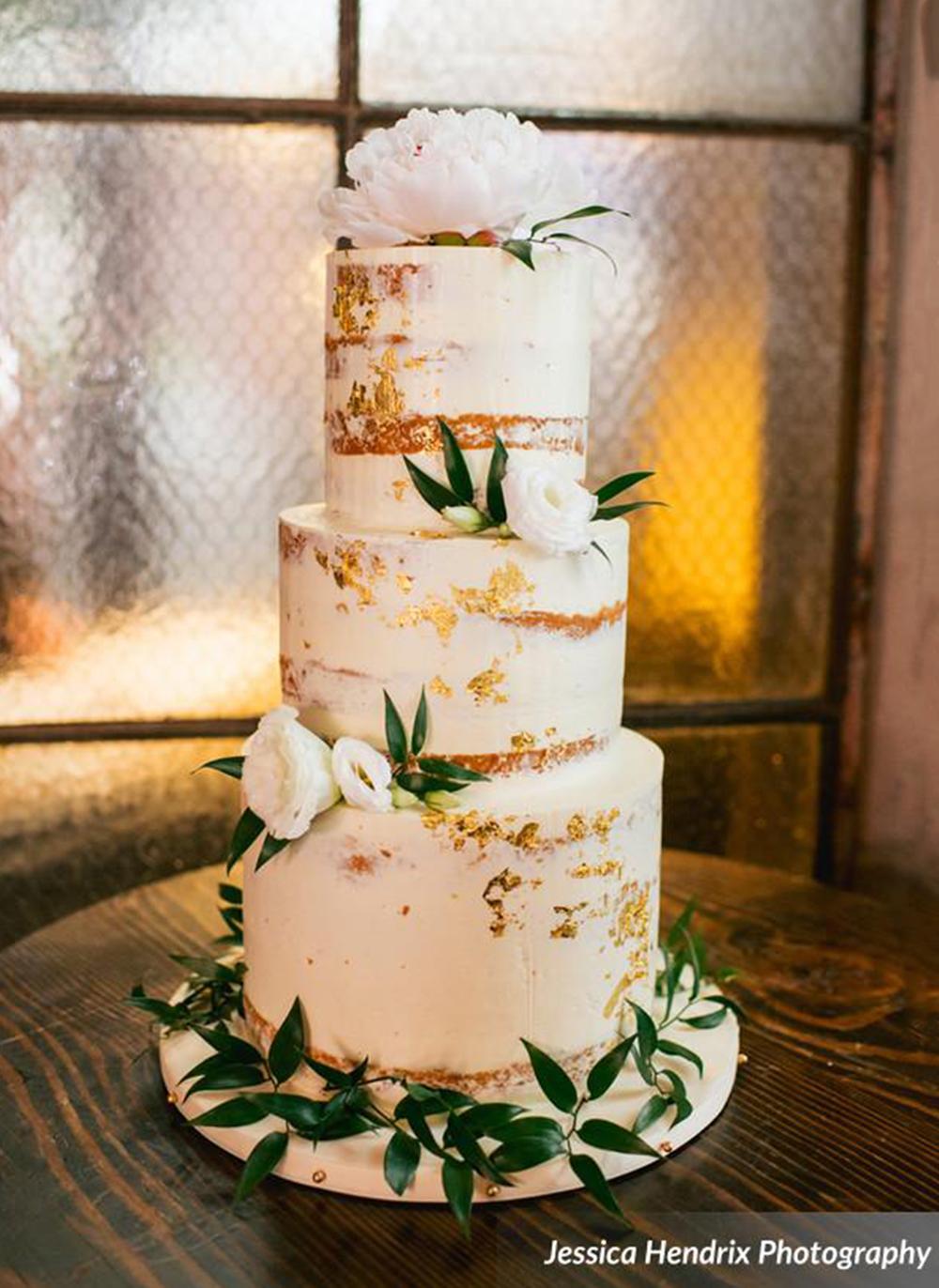 gold-leaf-naked-cake_JessicaHendrixPhotography