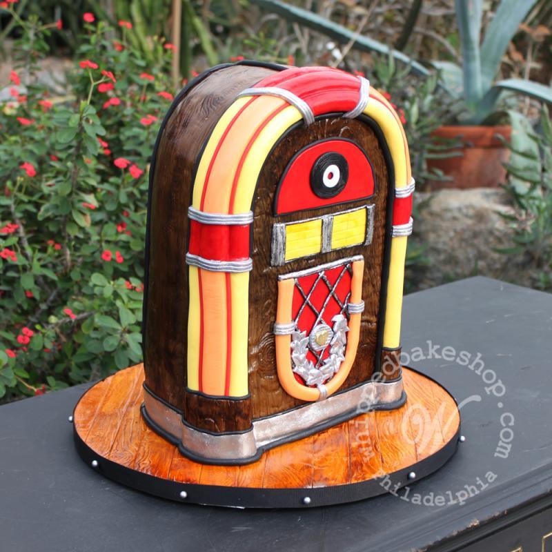 jukebox cake whipped bakeshop