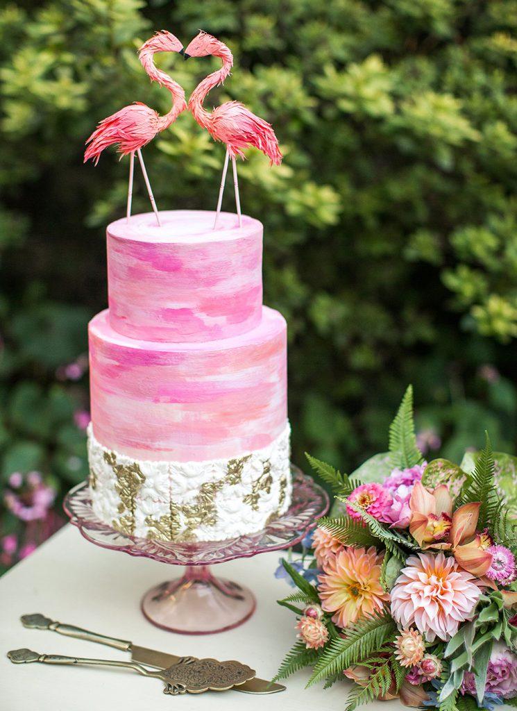 pink-rococo-wedding-cake-3-DOLA-photo