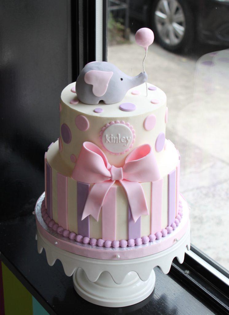 sweet-elephant-party-cake-3