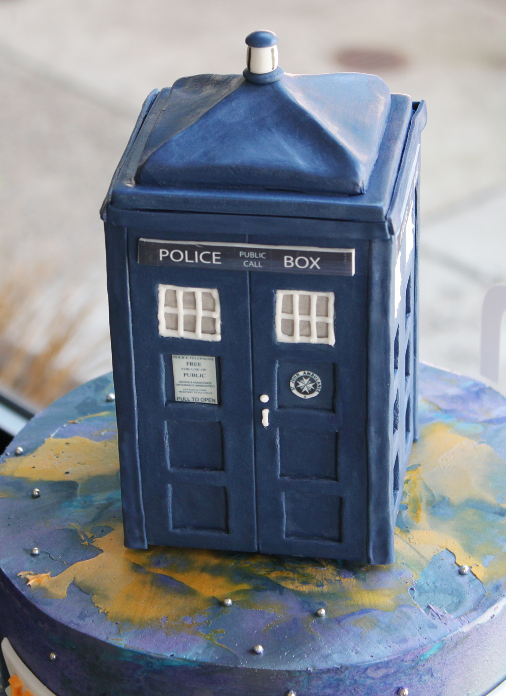 tardis-birthday-cake-2-whipped-bakeshop